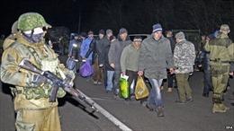 Chính phủ Ukraine và quân ly khai đạt thỏa thuận trao đổi tù nhân