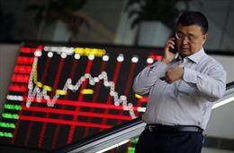 Chứng khoán châu Á và giá dầu tiếp tục đi xuống