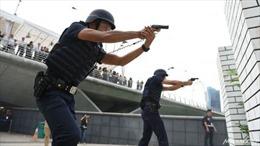 Lực lượng vũ trang Singapore tập trận bắn đạn thật