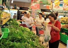 Giá cả hàng hóa tiếp tục ổn định trong ngày mùng 4 Tết Hà Nội