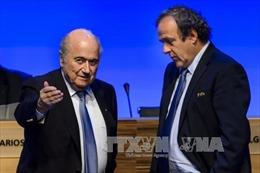 FIFA giảm án cho hai ông Blatter và Platini