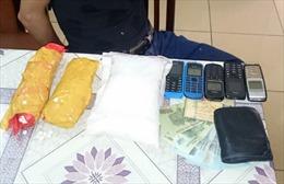 Bắt giữ đối tượng vận chuyển 2 kg ma túy