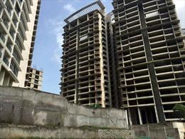 Lo ngại siết vốn cho vay bất động sản
