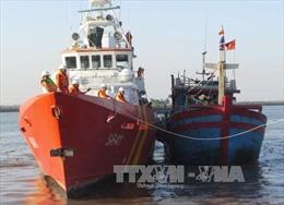 Cứu kịp thời 22 ngư dân gặp nạn ở Hoàng Sa