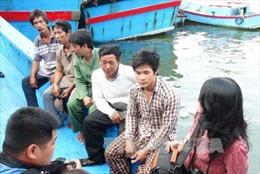 5 ngư dân trên tàu cá bị đâm chìm ở Hoàng Sa trở về an toàn