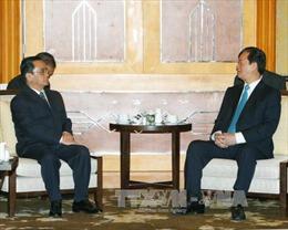 Thủ tướng Nguyễn Tấn Dũng gặp Thủ tướng Lào