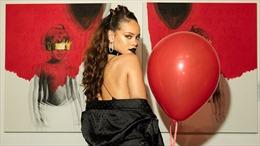 """Rihanna giành lại """"ngai vàng"""" Billboard 200"""