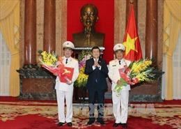 Thăng quân hàm Thượng tướng cho hai lãnh đạo Bộ Công an
