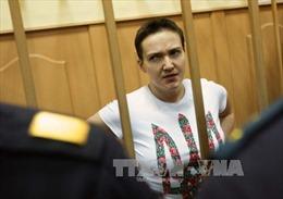 Nga kết án nữ phi công Ukraine 22 năm tù