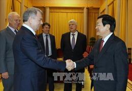Chủ tịch nước tiếp Thống đốc tỉnh Kaluga, Nga