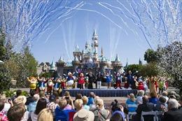 """Disneyland - """"Con gà đẻ trứng vàng"""" của Walt Disney"""
