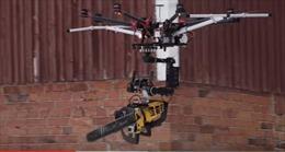 UAV sát thủ mang cưa xăng tiêu diệt người tuyết