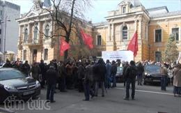 Ukraine: Cái giá khi trở thành con nợ