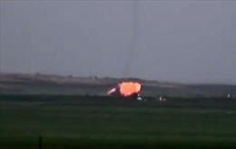 Phiến quân bắn hạ Su-22 Syria, bắt sống phi công