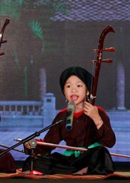 Võ Hương Giang hát xẩm trong bệnh viện