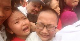 Hỗn loạn trong ngày khai hội Đền Hùng 2016