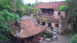 Họa sỹ Thành Chương trăn trở bảo tồn văn hóa Việt