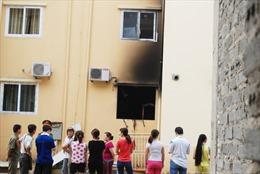 Nổ gas trong chung cư, hai vợ chồng tử vong