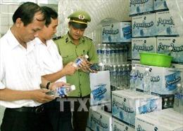 Hà Nội bêu tên 10 cơ sở nước đóng chai không đạt chuẩn