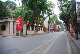 Cử tri tập trung đi bầu cử, đường phố Hà Nội yên tĩnh