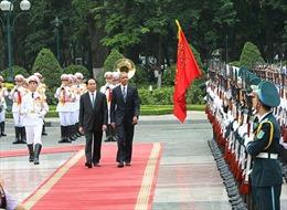 Cận cảnh lễ đón Tổng thống Hoa Kỳ tại Việt Nam