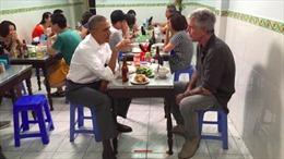 Đầu bếp Mỹ gắn với 'Bún chả Obama' tự vẫn