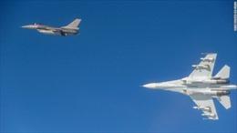 Tại sao chiến đấu cơ Nga liên tục áp sát không phận các nước NATO?