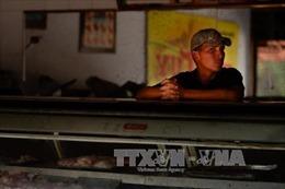 """Venezuela """"ngột ngạt"""" vì khủng hoảng điện"""