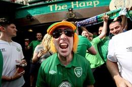 Cổ động viên Ireland chinh phục nước Pháp