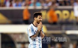 Tổng thống Argentina thuyết phục Messi ở lại đội tuyển