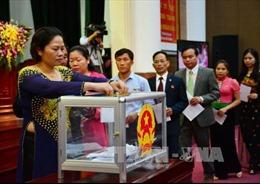 Phê chuẩn Chủ tịch, Phó Chủ tịch UBND tỉnh Sơn La và Hòa Bình