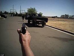 Video gây sốc cảnh thanh niên Mỹ bị cảnh sát bắn hạ