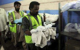 Số phận đau lòng của trẻ em ngoài giá thú ở Pakistan