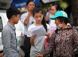 Tăng học phí phù hợp với  điều kiện của sinh viên