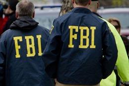 """FBI điều tra nghi vấn đảng Dân chủ """"cố dìm"""" ông Sanders"""
