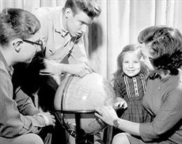 Người phụ nữ đầu tiên bay vòng quanh thế giới - Kỳ 1