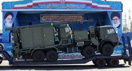 Iran rất hài lòng về tên lửa S-300 Nga