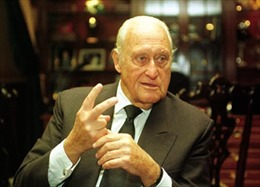 Cựu Chủ tịch FIFA qua đời ở tuổi 100