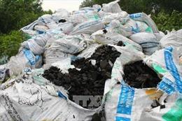 Phạt HTX Long Tân 370 triệu do đổ trộm bùn thải công nghiệp