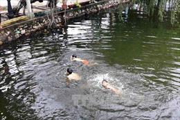 Rủ nhau tắm hồ, 2 học sinh đuối nước