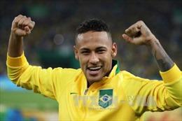Neymar bỏ băng đội trưởng sau chiến thắng lịch sử