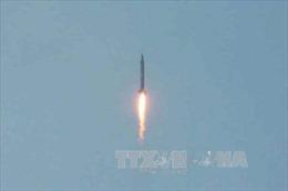 Tên lửa đạn đạo Triều Tiên rơi xuống ADIZ Nhật Bản