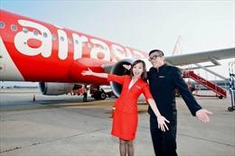 Xạ thủ Hoàng Xuân Vinh được bay miễn phí trọn đời với AirAsia