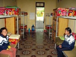 Mô hình bán trú tiếp sức học sinh vùng cao đến trường