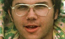 Mỹ từ chối phóng thích kẻ sát hại John Lennon