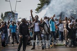Cảnh sát Gabon bắt giữ hơn 200 người cướp phá