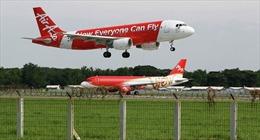 Phi công AirAsia hạ cánh nhầm xuống nước khác!