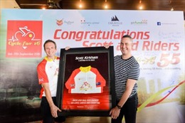 Đạp xe xuyên Việt quyên góp 66.000 USD cho trẻ mắc bệnh tim