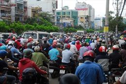 """""""Giải vây"""" cho sân bay Tân Sơn Nhất"""