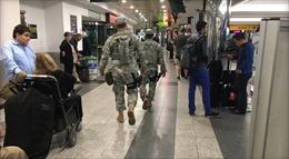 Sân bay ở New York phải sơ tán do ô tô khả nghi